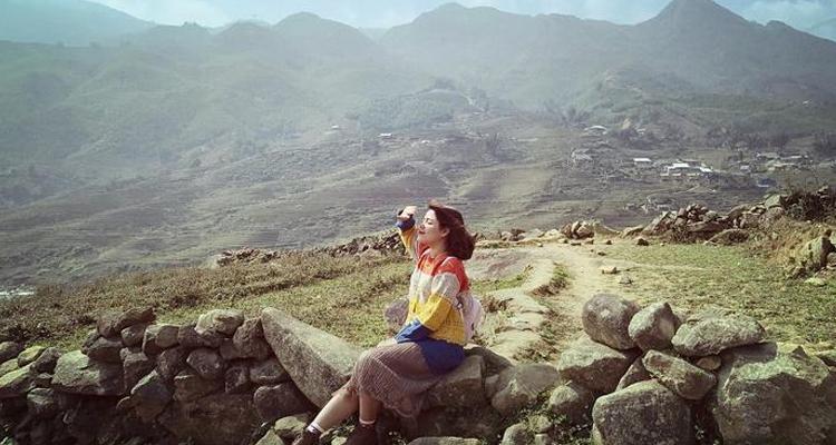 Bãi đá cổ độc đáo giữa lòng thung lũng Mường Hoa