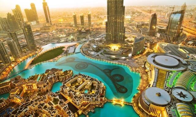 Hãy tham quan hết những địa điểm nổi tiếng khi đi du lịch Dubai.