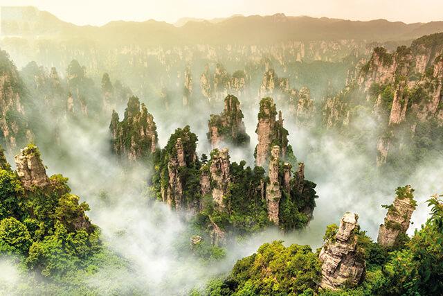 Các trụ đá trong công viên quốc gia Trương Gia Giới