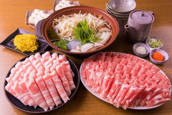 món lẩu sukiyaki