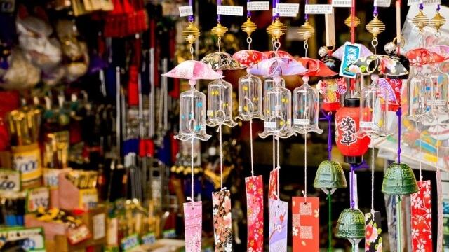 Bạn có thể tìm mua được nhiều món quà lưu niệm đẹp và ý nghĩa ở Sapa.