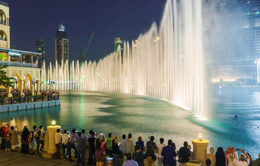 Thưởng thức chương trình Dubai Fountain