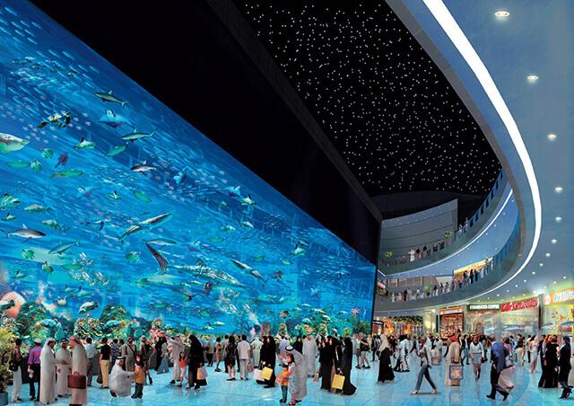Hồ cá treo lớn nhất thế giới của Dubai