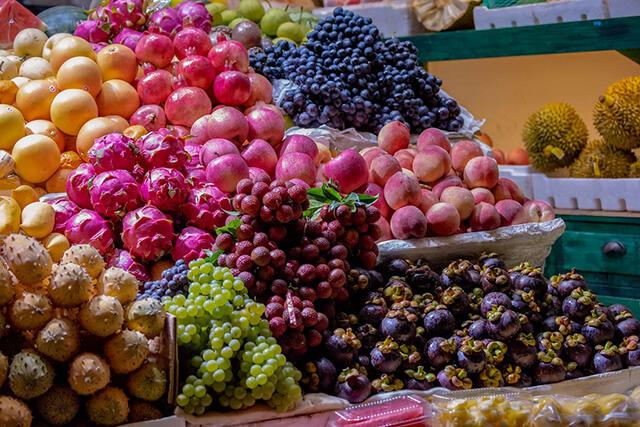 Hoa quả ở Lệ Giang vô cùng tươi ngon
