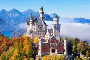 Khám phá lâu đài Neuschwanstein nước Đức khi đi du lịch Châu Âu