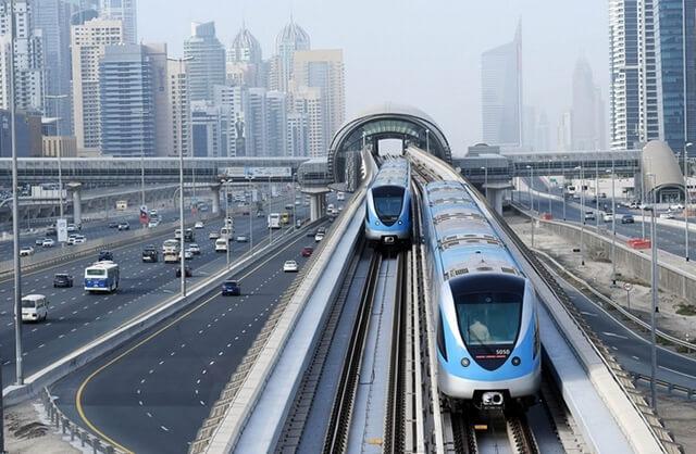 Hệ thống tàu điện tự động dài nhất thế giới Dubai Metro
