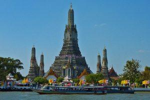 Ghé thăm những ngôi chùalinh thiêng ở Bangkok khi đi du lịch Thái Lan