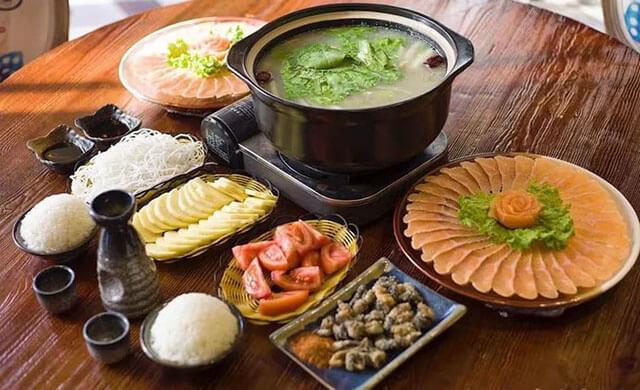 Món lẩu cá Tam Văn thơm ngon, nổi tiếng ở Thúc Hà cổ trấn