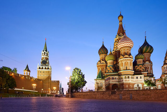 Tháng 4 - tháng 5 là thời gian lí tưởng nhất để du lịch Nga giá rẻ