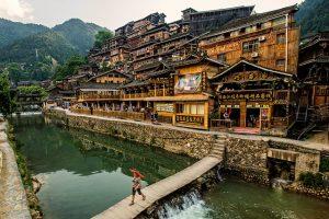 Du lịch Quý Châu trấn từ Hà Nội hết bao nhiêu tiền?