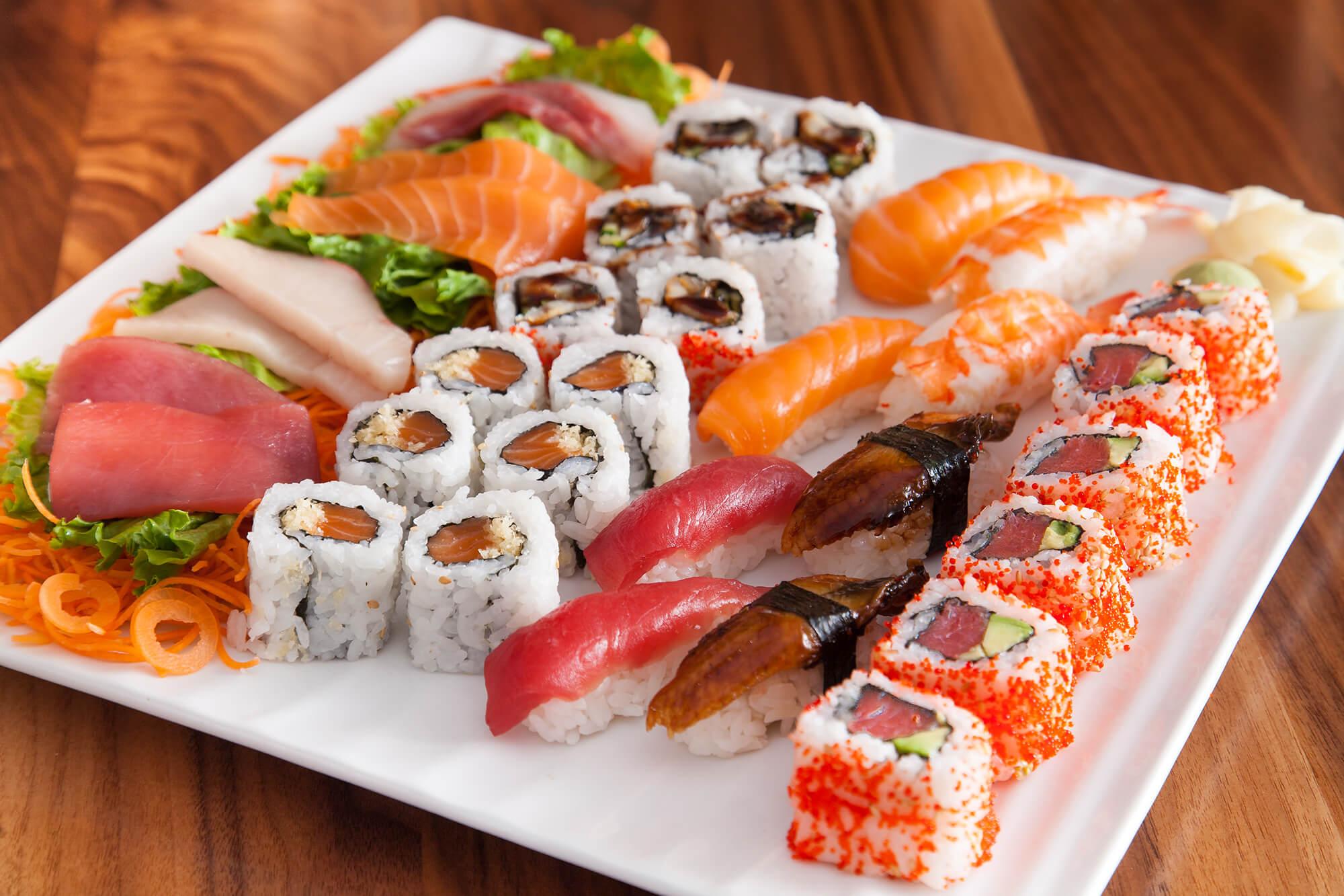 Món Sushi hải sản
