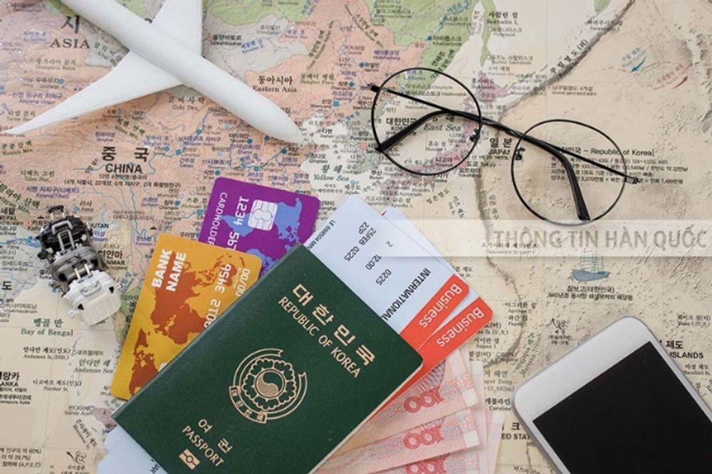 Tự xin visa hay nhờ công ty dịch vụ sẽ nhanh hơn?
