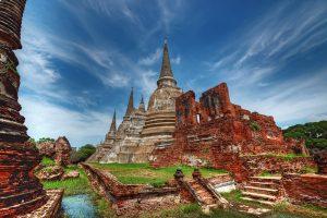 Khám phá thành cổ Ayutthaya khi đi du lịch Thái Lan