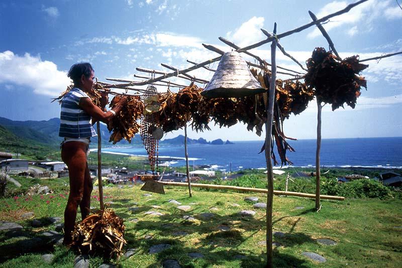 Người dân trên đảo