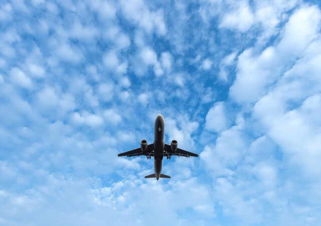 Muốn đi tour du lịch Sapa từ Tp.HCM bằng máy bay bạn cần di chuyển ra Hà Nội rồi tiếp tục đi lên Lào Cai