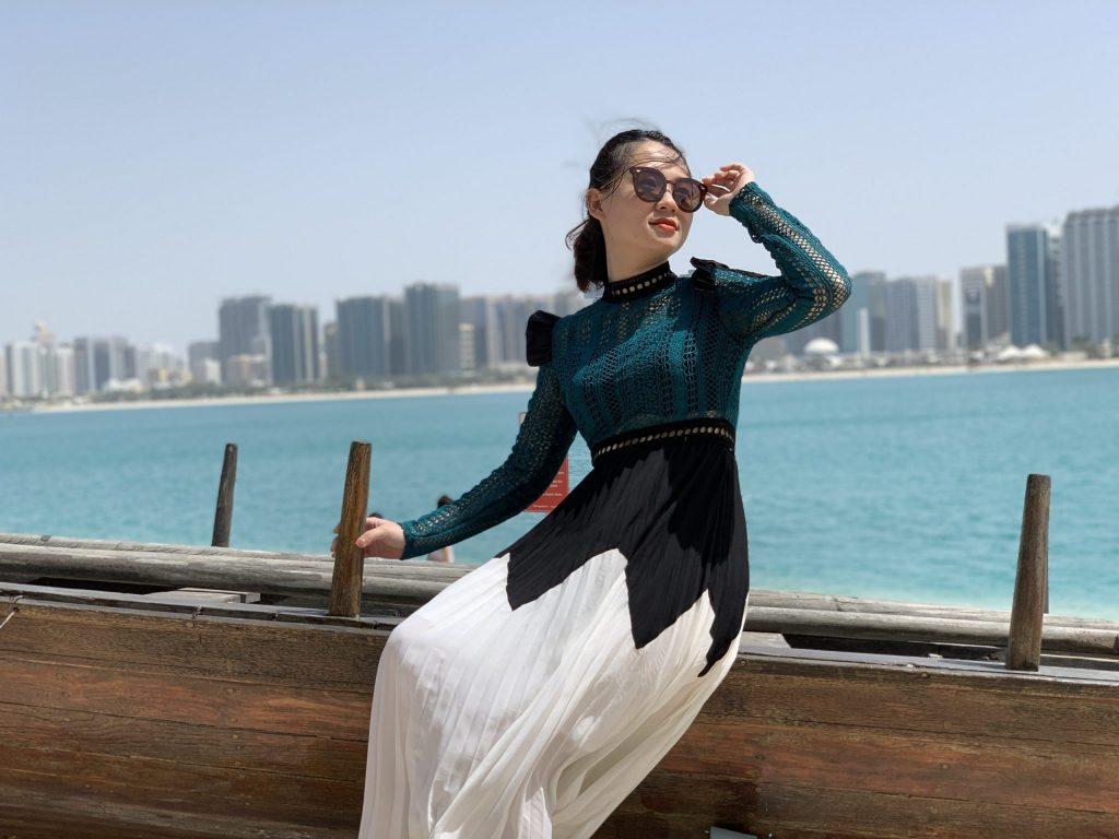 du lịch Dubai nên mặc gì cho phù hợp?