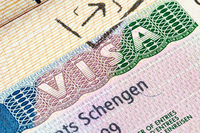Du lịch châu Âu cần có visa Schengen