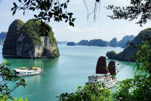 Vịnh Hạ Long – Hotline: 0943 39 8288/ 0943 59 8288