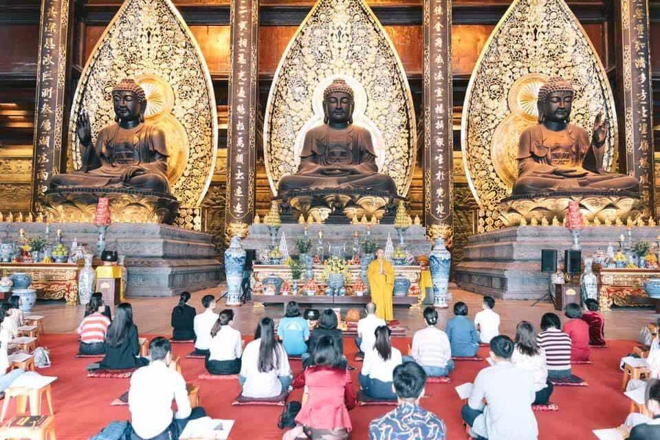 Điện Tam Thế tại khu du lịch Chùa Tam Chúc