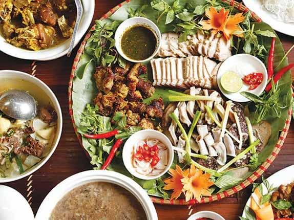 Các món ngon được chế biến từ thịt lợn cắp nách Sapa