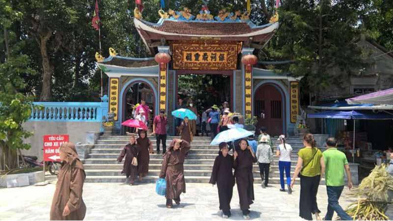 Đền ông Hoàng Bảy, Lào Cai