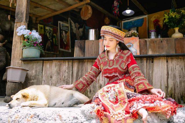 Du lịch Sapa em là cô gái H'Mông đầy mộng mơ