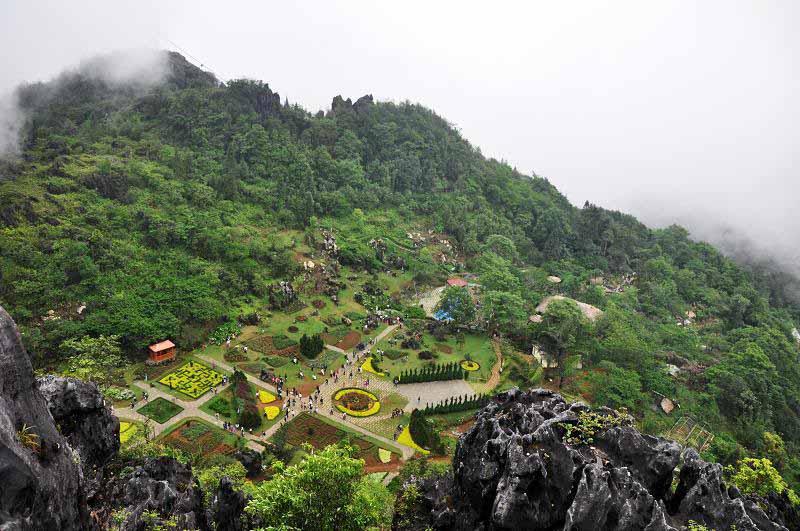 Kinh nghiệm tham quan Núi Hàm Rồng
