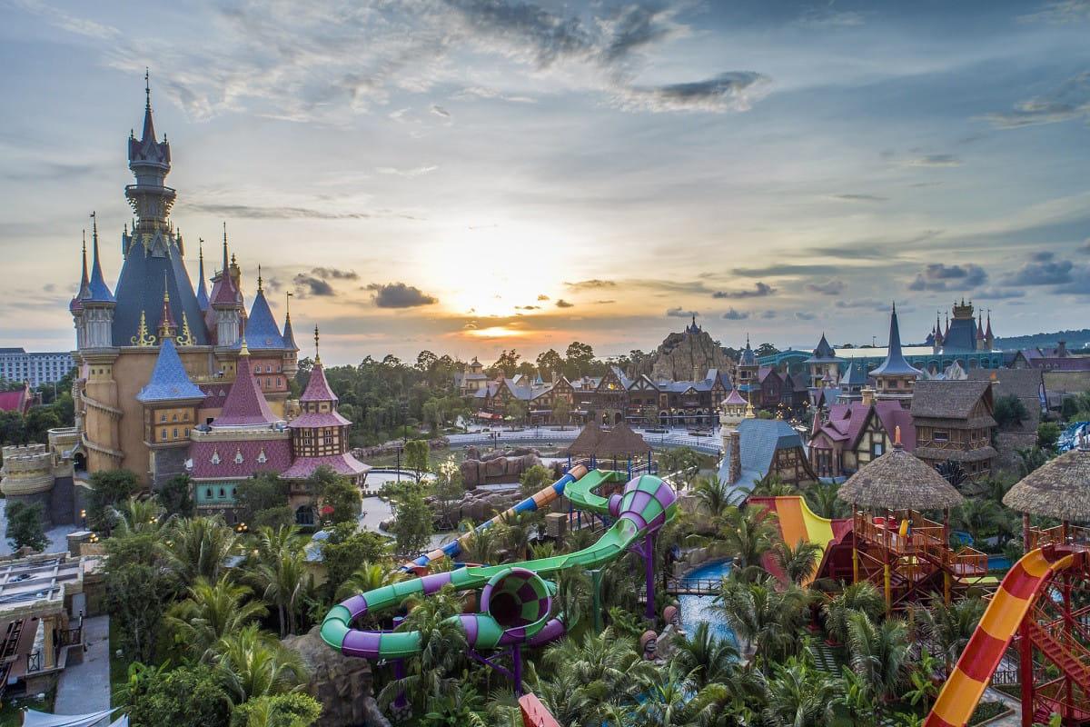 Khu vui chơi giải trí lớn nhất Phú Quốc Vinpearl Land